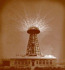 La Torre Wanderclyffe de Colorado Springs, trabajaba a más de 500 millones de voltios.