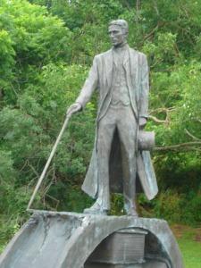 Estatua a Tesla