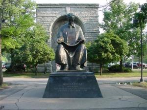 Monumento a Tesla en Belgrado