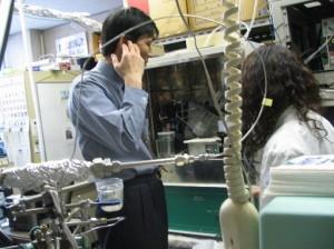 Tadahuki Mizuno en su laboratorio.