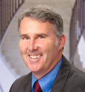 Daniel P. Sheehan. Físico de la Universidad de San Diego.