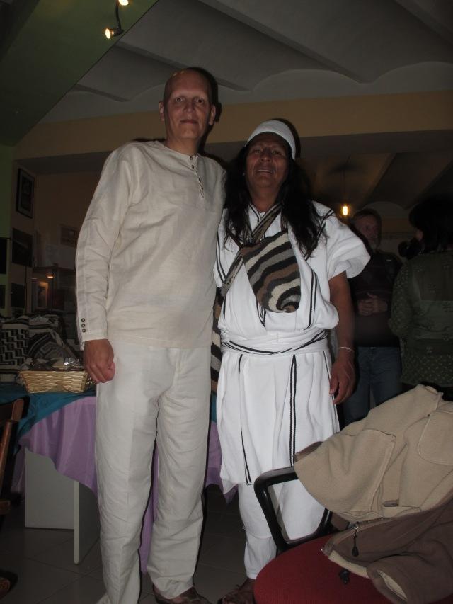 """El autor con Calixto Suarez, un """"Mamo"""" de la tribu Arhuaco."""