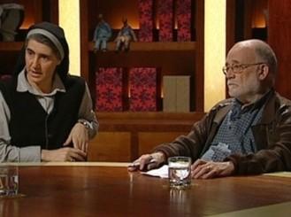 Arcadi Oliveres y Teresa Forcades.