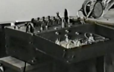 Transformador de Alto Voltaje Fischer-Diathermy usado en electroterapia en los años 20 para la réplica de la electricidad longitudinal.