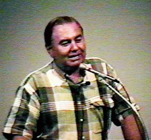 David Radius Hudson, en la última charla que dió en 1995.