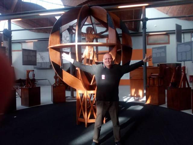 """Visitando la Exposición """"Leonardo Da Vinci. El genio y los inventos"""" en el Museu de la ciència y de la tècnica de Terrassa, el pasado 27 de abril de 2017."""